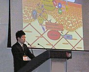 Kenji Shimizu, Nikkol, presented his proposal for a new antiaging target: blocking epidermal-dermal cross-talk through strengthening intracellular ROS-scavenging capabilities.