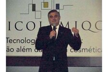 "Incoming president of the Brazilian ABC, Joao Hansen, welcomed attendees and declared the XXI COLAMIQC ""open."""