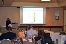 Howard Epstein delivers a course on molecular biology and genetics in cosmetics before the Annual Scientific Meeting.