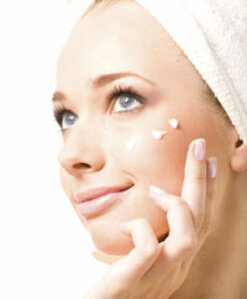 Reducing Irritation and Increasing Efficacy in Acne Care With Dimethyl Isosorbide