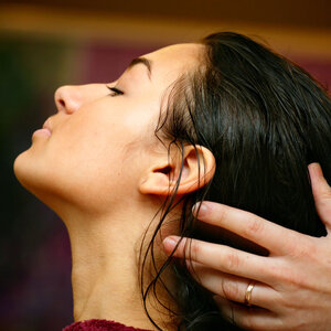 Balancing Sensory Effects with Improved Scalp Moisture